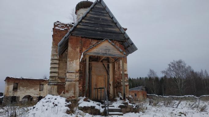 Пеший поход на снегоступах в Ионо-Яшезерский монастырь